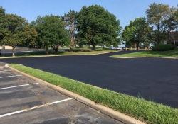 olathe-outdoor-asphalt-huston-contstruction