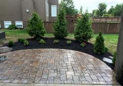 residential-landscaping-olathe2