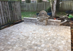olathe-outdoor-stone-patio-huston-contracting-landscaping2