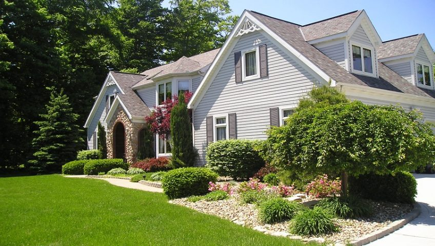 Summer Landscaping 7 summer landscaping tips to end the season right - huston contracting