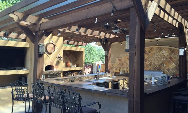 Outdoor kitchens in Olathe and Johnson County Kansas